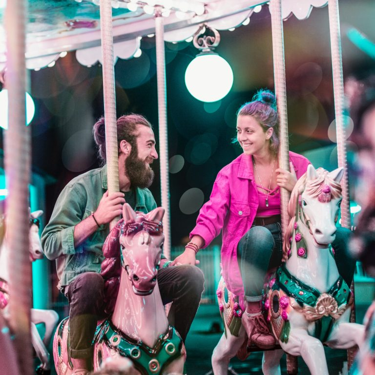couple on a merry go round (square)
